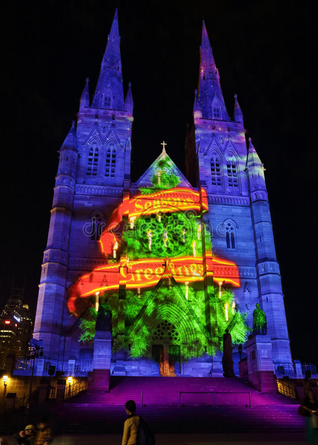 Weihnachtsbaum würzt Grüße St Mary Kathedrale, Sydney lizenzfreie stockbilder