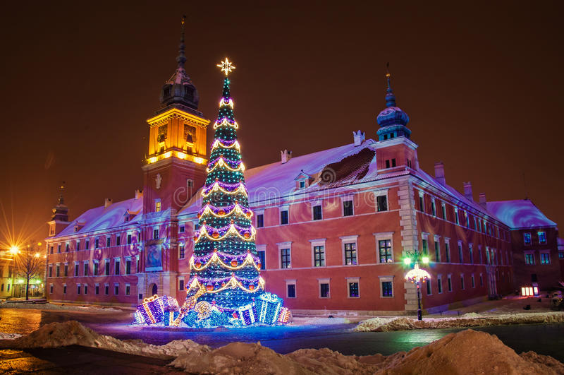 Weihnachtsbaum in Warschau lizenzfreies stockfoto