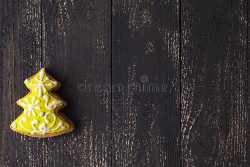 Weihnachtsbaumlebkuchen für neue Jahre und Weihnachten lizenzfreie stockfotos