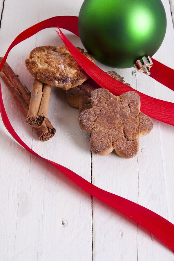Weihnachtsbonbons und -gebäck stockfoto