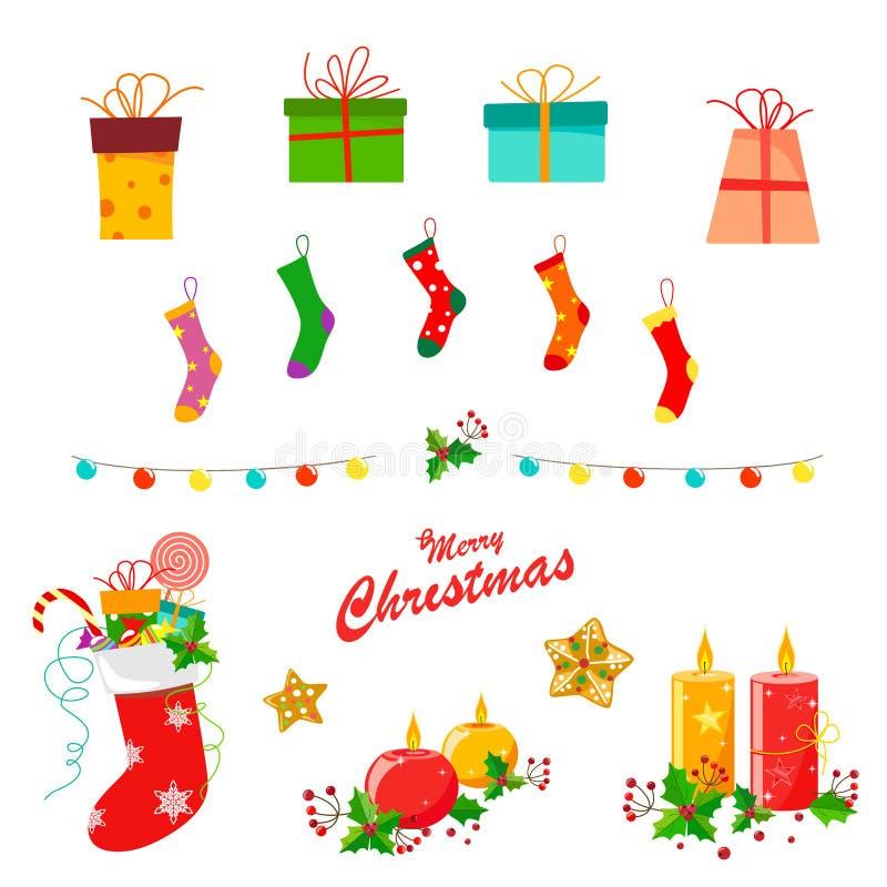 Weihnachtsdekor eingestellt mit Socken, Laternen, Geschenken, Kerzen, Stechpalmenblättern und Plätzchen lizenzfreie abbildung