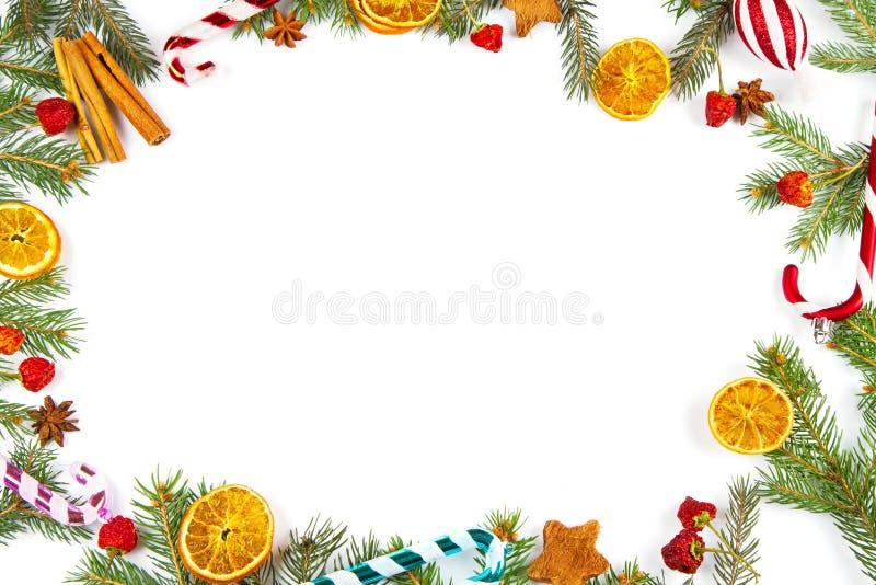Weihnachtsdekoration auf weißem Hintergrund stockbild