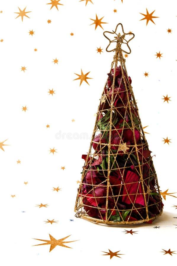 Weihnachtsdekoration des Feldes mit rosafarbenen Blättern lizenzfreie stockbilder