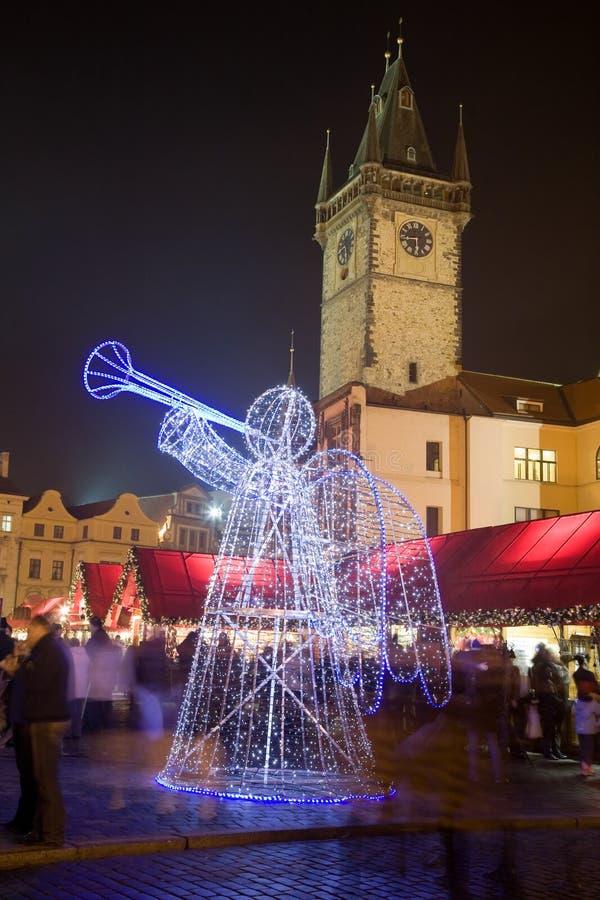 Weihnachtsdekoration in Prag stockfotos