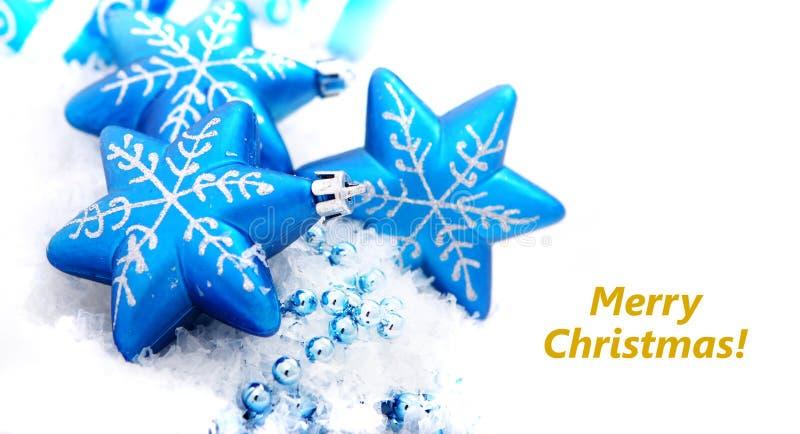 Weihnachtsdekorationflitter auf Weiß stockfoto