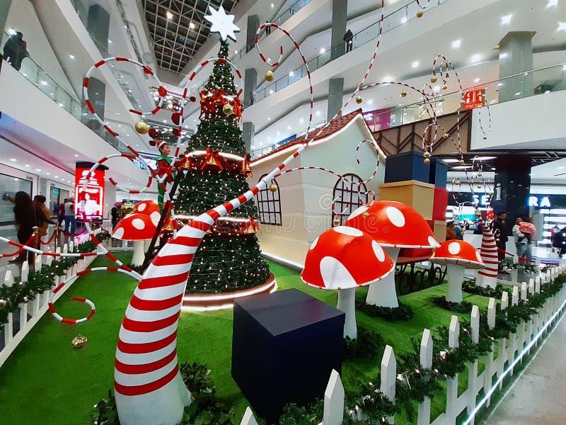 Weihnachtsfeier Dekoration in Chandigarh, India stockbilder