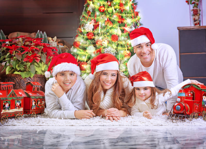 Weihnachtsfeiertag zu Hause stockfotografie