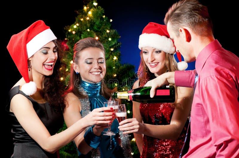 Weihnachtsfrauen und -mann stockbild