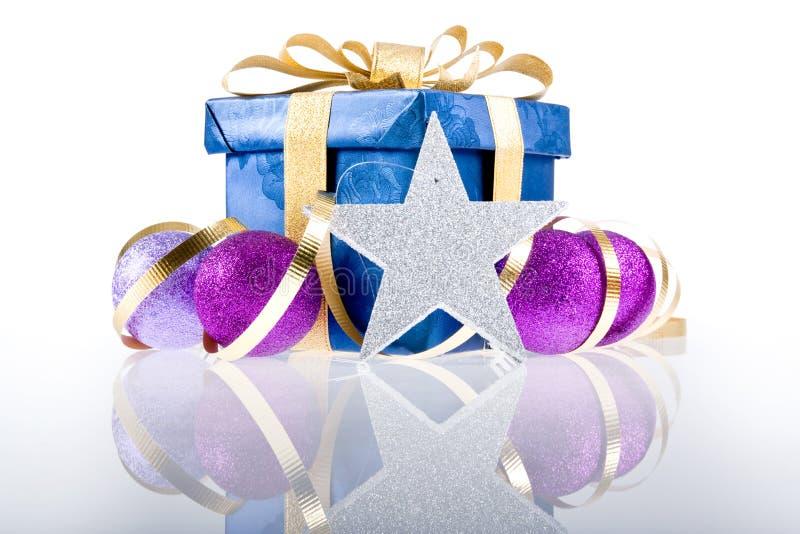 Weihnachtsgeschenk-Kasten-Dekoration stockfotografie