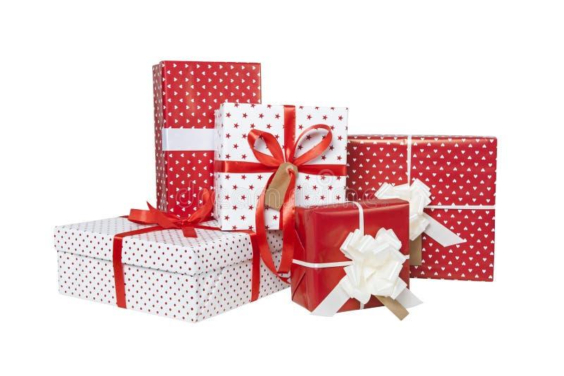 Weihnachtsgeschenke lokalisiert stockbild