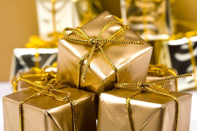 Weihnachtsgeschenkkästen stockbilder