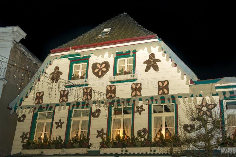 Weihnachtshaus in Deutschland lizenzfreie stockbilder