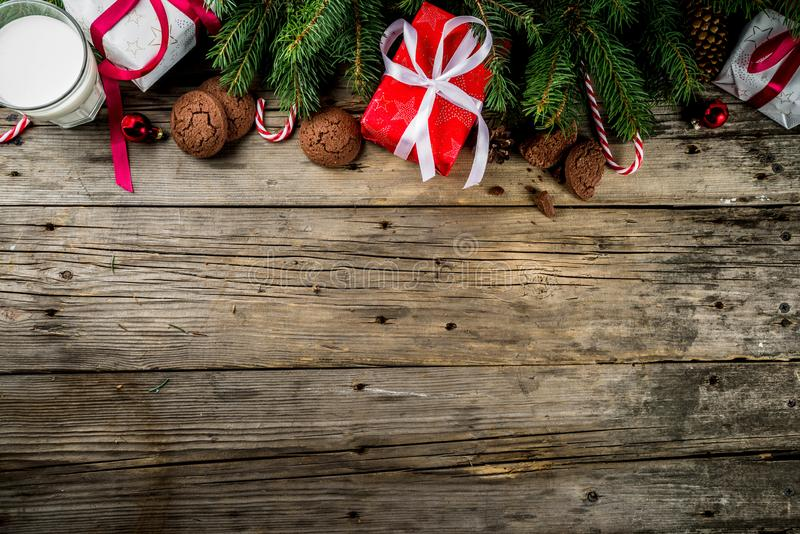 Weihnachtshintergrund mit Dekorationen lizenzfreie stockfotografie