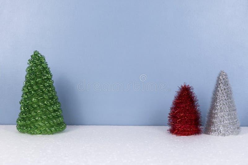 Weihnachtshintergrund mit Tannenbaumspielwaren lizenzfreies stockfoto