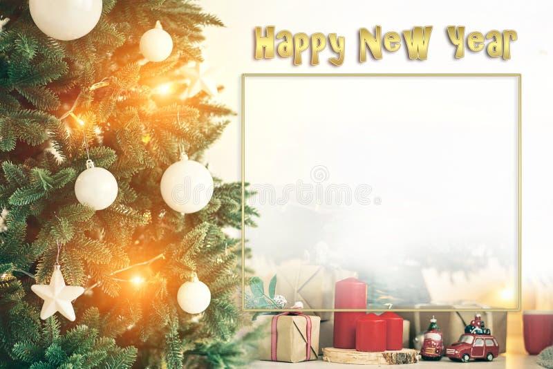 Weihnachtshintergrundrahmenkerzen Weihnachtsbaum-Autotext stockfoto