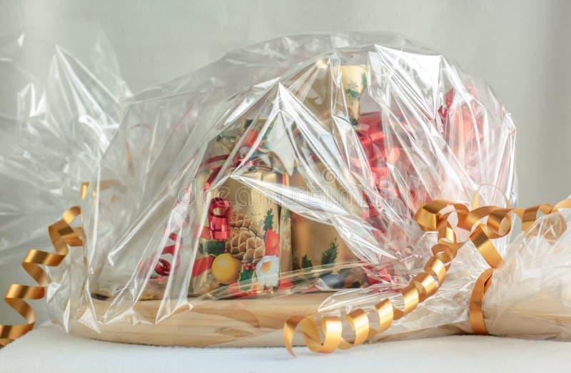 Weihnachtskorb stockbilder