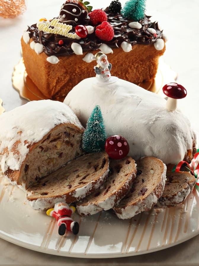Weihnachtskuchen lizenzfreie stockbilder