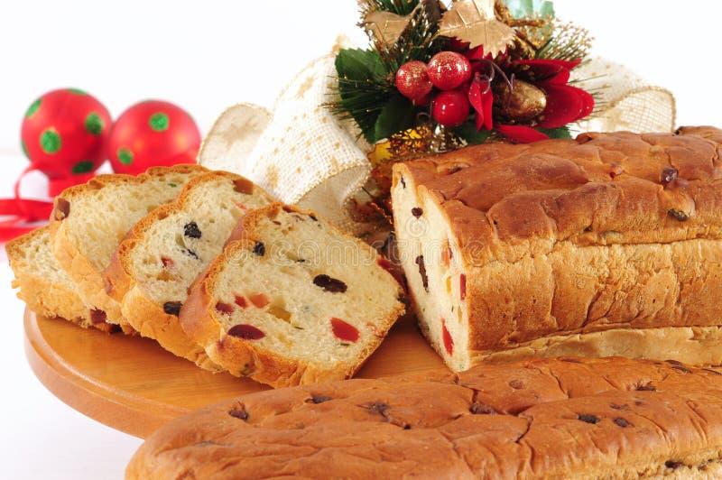 Weihnachtskuchen. Panettone. lizenzfreies stockfoto