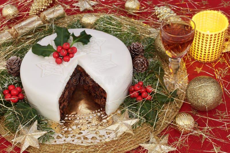 Weihnachtskuchen und -sherry lizenzfreie stockbilder