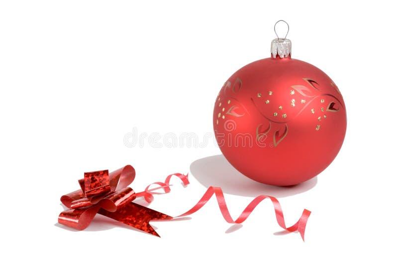 Weihnachtskugel u. -bogen lizenzfreies stockbild