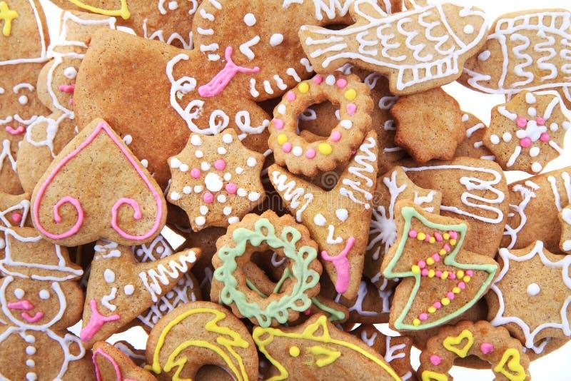 Weihnachtslebkuchen als netter Feiertagshintergrund stockbild