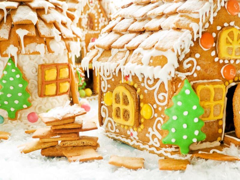 Weihnachtslebkuchenhaus lizenzfreie stockfotos