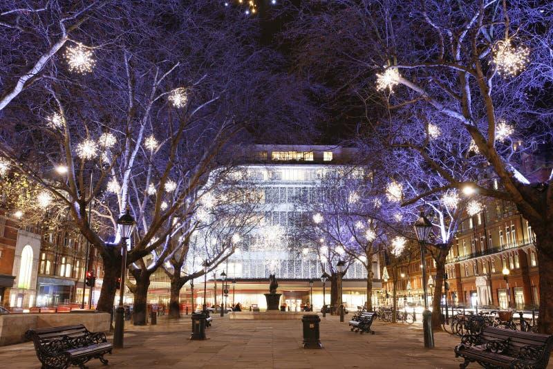 Weihnachtsleuchte-Bildschirmanzeige in London lizenzfreies stockbild