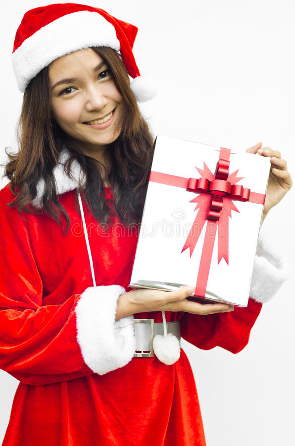 Weihnachtsmann-Hut mit grauem Weihnachtsgeschenkkasten stockfotos