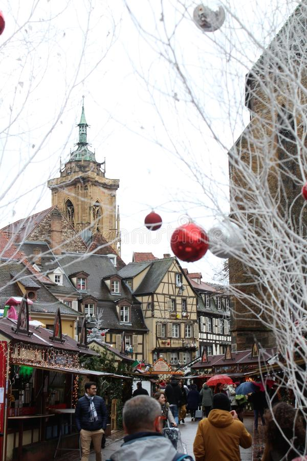 Weihnachtsmarkt Colmar Elsass lizenzfreies stockfoto