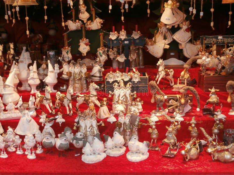 Weihnachtsmarkt in Dresden auf Altmarkt-Quadrat, Deutschland, 2013 lizenzfreie stockfotos