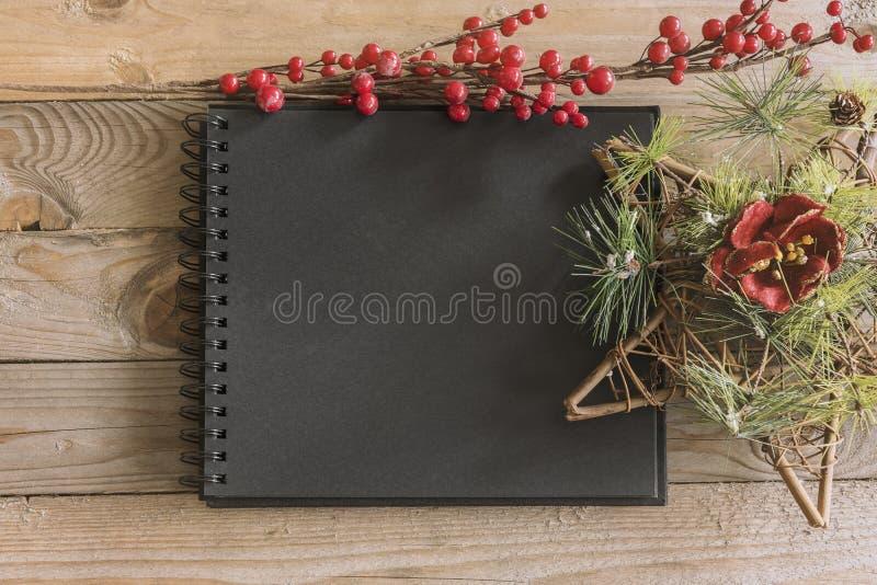 Weihnachtsnotizbuchmodell stockfotografie