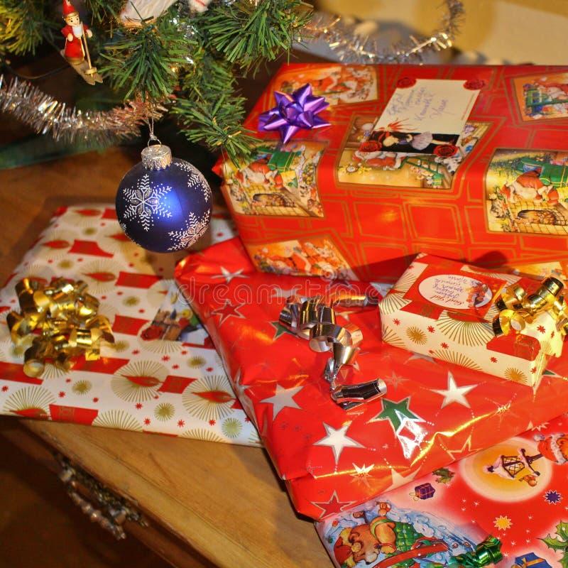 Weihnachtspakete - presente de Natal imagem de stock