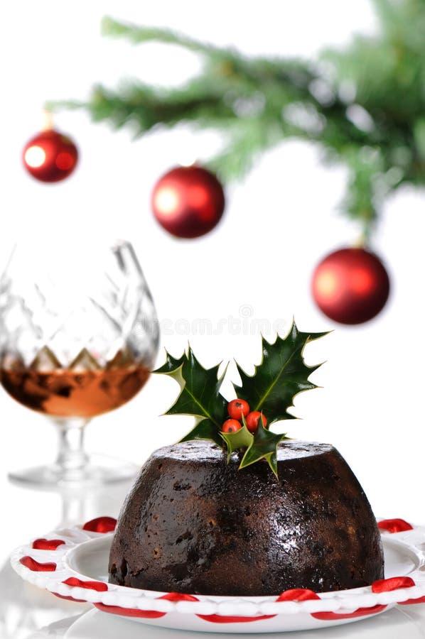 Weihnachtspudding mit Weinbrand stockfoto