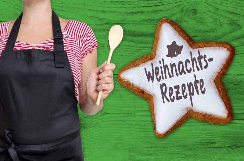 Weihnachtsrezepte et x28 ; dans le recipes& allemand x29 de Noël ; l'étoile de cannelle est photos libres de droits
