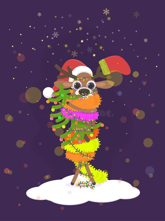 Weihnachtsrotwild ist- ein lustiger Charakter, der im Lametta eingewickelt wird und Glühlampen in ihren Händen hält einen Tannenb stock abbildung
