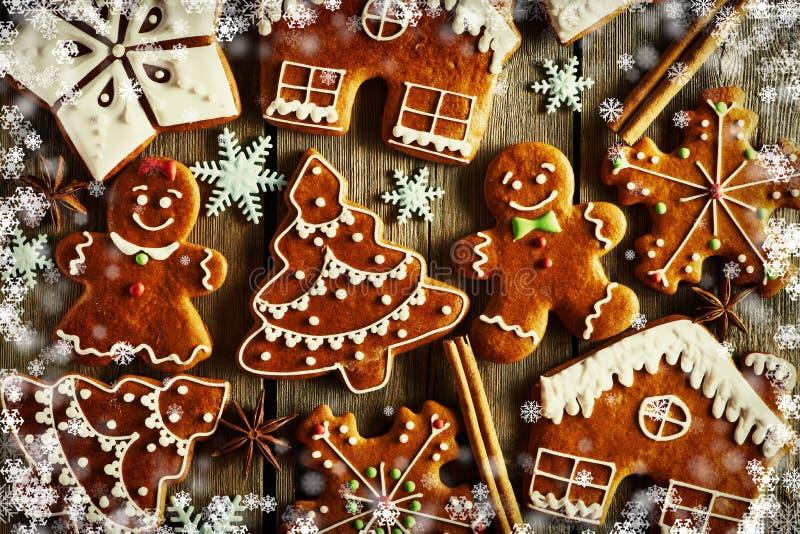 Weihnachtsselbst gemachte Lebkuchenplätzchen vektor abbildung