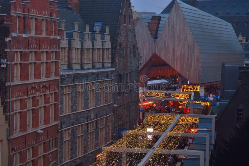Weihnachtsszene: Sehr seltene Ansicht der Wohnung der Stadt von Gent lizenzfreies stockfoto