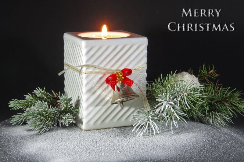 Weihnachtsszenen-Gruß-Karte mit Text lizenzfreie stockbilder