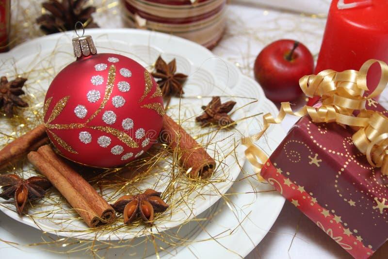 Weihnachtstabelle lizenzfreie stockfotografie