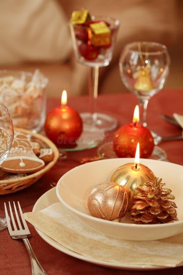 Weihnachtstabelleneinstellung stockfotografie