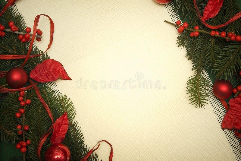 Download Weihnachtsverzierung stockfoto. Bild von feiertage, weiß - 27735038