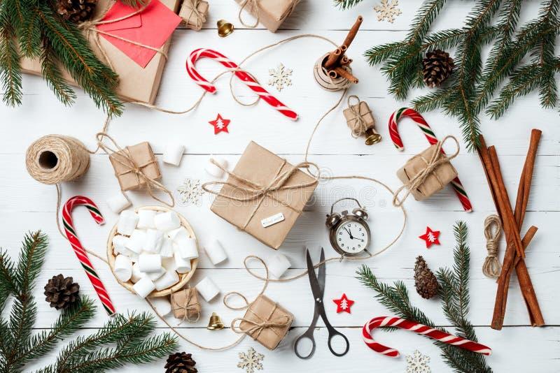 Weihnachtszusammensetzung Grußkarte für das neue Jahr holid vorbereitend lizenzfreies stockfoto