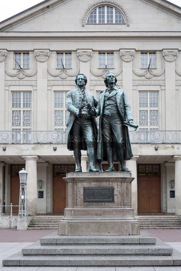 "WEIMAR GERMANY/EUROPE - SEPTEMBER 14: Goetheâ€en ""Schiller Mo royaltyfri foto"