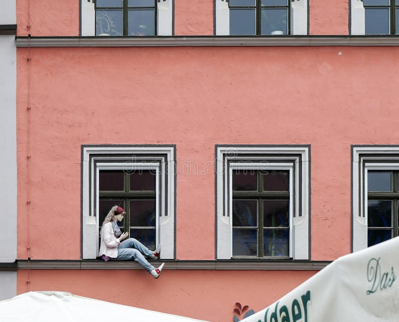 WEIMAR GERMANY/EUROPE - SEPTEMBER 14: Skyltdockasammanträde på en w royaltyfri fotografi