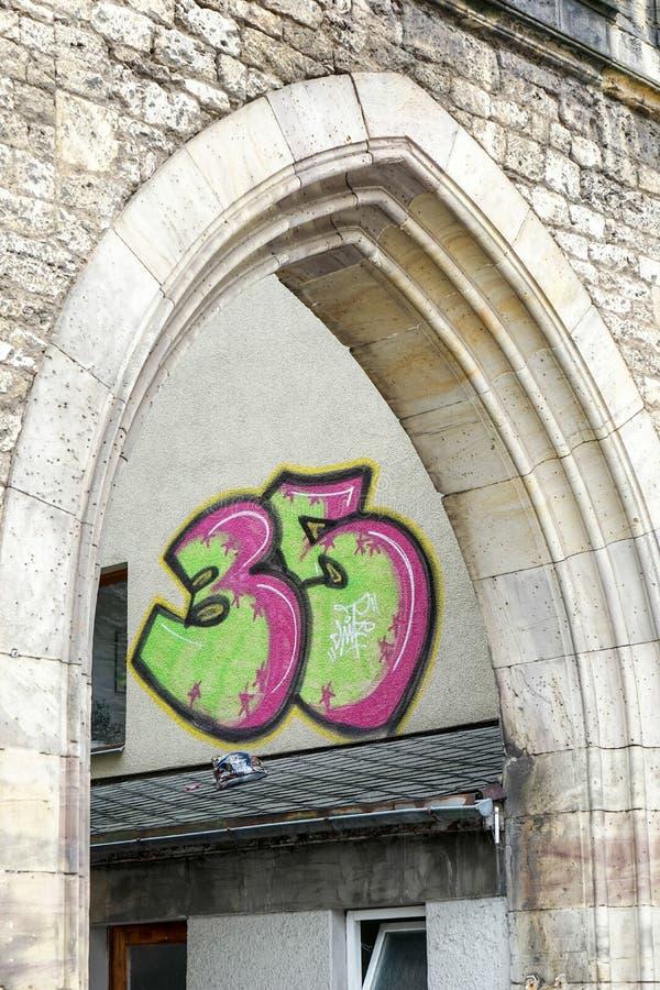 WEIMAR, GERMANY/EUROPE - 14 SEPTEMBRE : Graffiti sur un bâtiment i photographie stock