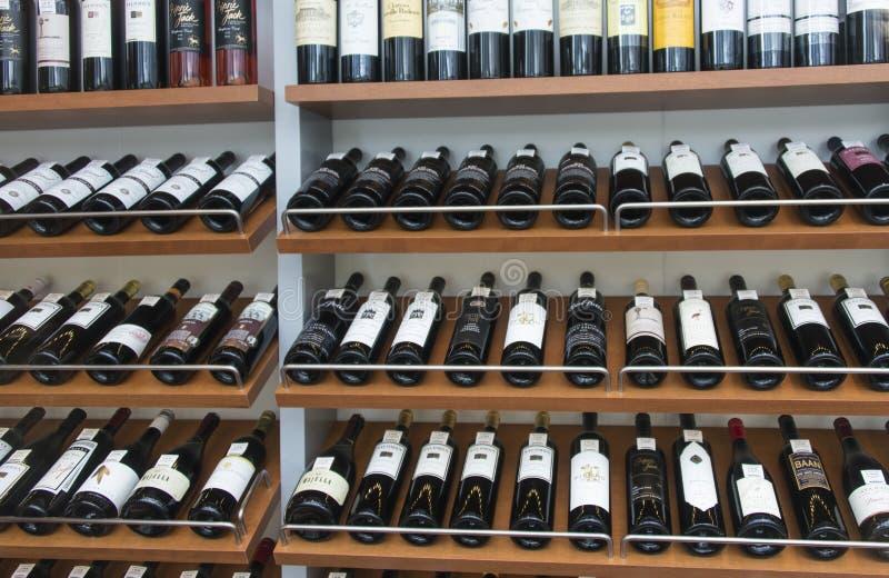 Wein-Auswahl stockfotografie