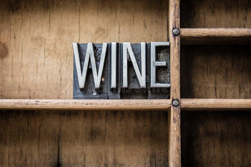 Wein-Briefbeschwerer tippen Fach ein stockfotografie