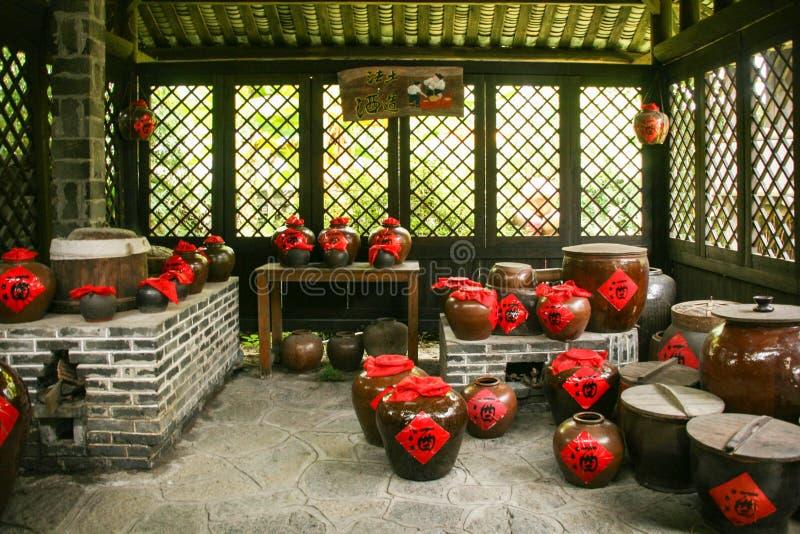 Wein rüttelt in einem Shop in Guilin, Porzellan lizenzfreie stockfotografie