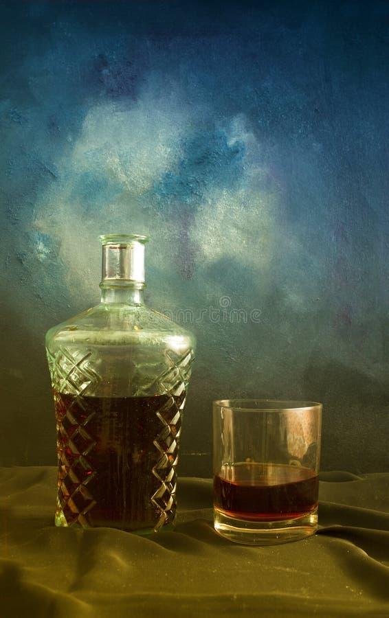 Weinbrand und Glas stockbilder