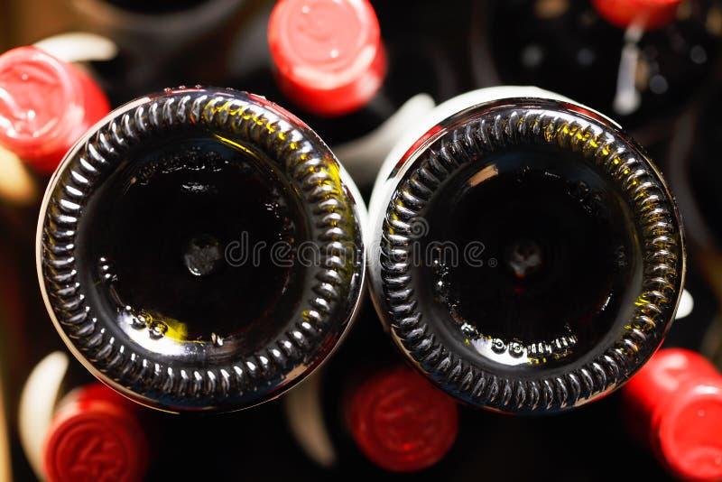 Weinflaschenunterseiten lizenzfreie stockfotos